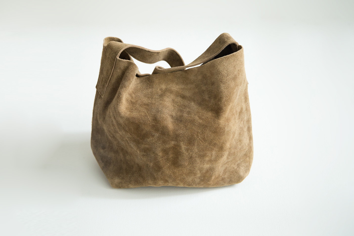 GHOST DANCE / SUEDE SHOULDER BAG